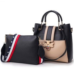 Hand Bags Sets Australia - Fashion Brand Set Women Designer Female Bee Hand Bag Bolsas Shoulder Bag Panelled Leather Handbag Ladies Composite Sac
