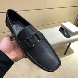 Wholesale Hot Monte Carlo Mmocassin Shoes Men s loafers Driving shoes Black leather Luxury designer Classic Loafers Shoe Casual