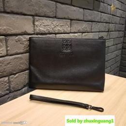 $enCountryForm.capitalKeyWord Australia - Designer New High Quality Men S Clutch Bag Fashion High-end Leather Bag Men S Business Casual Designer Bag Black Number: 066-23.