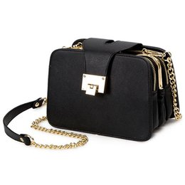 chain strap messenger bag Canada - LJL-Spring New Fashion Women Shoulder Bag Chain Strap Flap Handbags Clutch Bag Ladies Messenger Bags With Metal Buckle