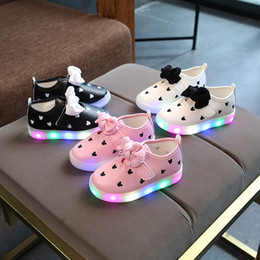 Beautiful Infants Australia - New fashion candy color LED lighting footwear beautiful infant tennis baby casual shoes breathable girls glitter sneakers