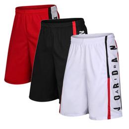 Short de basket-ball pour hommes d'été à séchage rapide respirant avec short de course en cours de sport longueur au genou lâche poche shorts de gymnastique en Solde