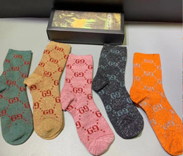 Wholesale couples socks online – funny With box Famous luxury Letter Cotton Couple G Sport Wear Socks Stockings gold silk Women men Popular black Design Casual Socks A41