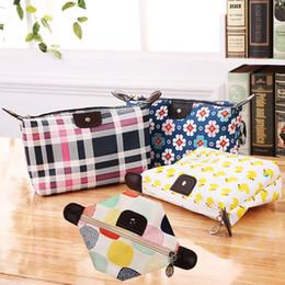 Printed Cosmetic Bags Australia - Women Floral Printed Dumpling Handbag Toiletry Foldable Cosmetic Portable Storage Bag Dumpling Clutch Bag Zipper Purse LJJR1045