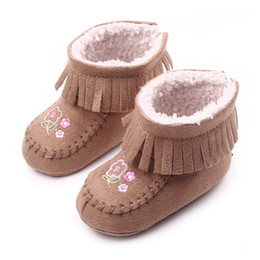 0823c9367570 2019 Winter Warm Newborn Baby Shoes Comfortable Crib Baby Infant Toddler  Tassel Pattern Snowfield Snow Boots New