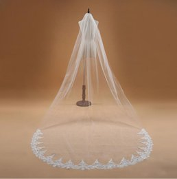 handmade veils UK - Handmade 3M Lace Cathedral Wedding Veil With Comb Bridal Veils
