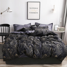 ivory peacock feathers Australia - High End Bedding Set Peacock Feathers Elegant Black 3D Duvet Cover Luxury King Twin Full Single Double Bed Cover with Pillowcase