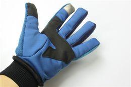 Marca Hombre Guantes de lana NF Invierno cálido Pantalla táctil Guantes The North Men enfrentan deportes al aire libre guantes impermeables guante cálido y a prueba de viento