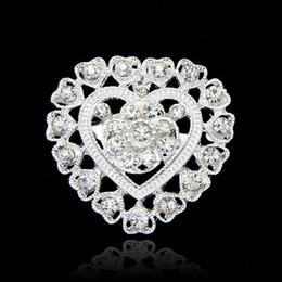 $enCountryForm.capitalKeyWord Australia - Crystal Love Heart Brooch Flower Full Rhinestone Diamante Brooches Pins Boutonniere Stick Corsage Jewelry for Women Man Wedding Gift