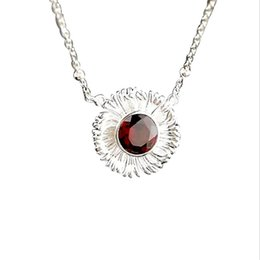 $enCountryForm.capitalKeyWord Australia - New Women's 925 Sterling Silver Garnet Gemstone Daisy Charm Fashion Chain Flower Pendant Necklace Jewelry Wholesale