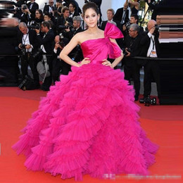 Cannes Festival Evening Gowns Australia - Custom Made Araya Hargate Ruffles Fuchsia One-shoulder Backless Princess Ball Gowns 2019 Cannes Film Festival Celebrity Evening Dresses