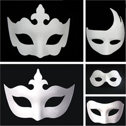 $enCountryForm.capitalKeyWord Australia - Makeup Dance White Embryo Mould Painting Handmade Mask Pulp Festival crown Mask Halloween party white face mask T9I0078