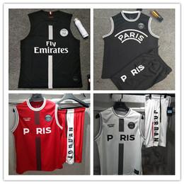 9304a2afc3 Maillots PSG Camisola de Futebol Colete 2019 Paris MBAPPE Saint Germain  Jersey 19 20 Survetement Futebol Kit Campeões Camisa Dos Homens de Futebol  Colete ...