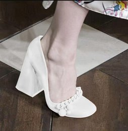 $enCountryForm.capitalKeyWord Australia - Hot Sale-fashion runway Mary Jeans Pumps slip on block high heels Braided Chains Stilettos Vintage shoes women