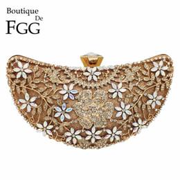 Handbag Boutiques NZ - Boutique De Fgg Hollow Out Floral Appliques Luxury Handbags Women Crystal Evening Clutch Bags Bridal Flower Handbag Wedding Bag Y19061301