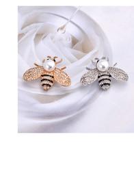 $enCountryForm.capitalKeyWord NZ - Hot new metal bee collar pin pin high-end pearl crystal lady corsage fashion clothing source