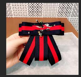 $enCountryForm.capitalKeyWord Australia - Fashion bow tie collar flower mosaic diamond animal bee bow tie needle college wind pin elegant cute brooch ladies