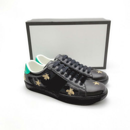 Blue Bee Flowers NZ - Ace Shoes Designer Shoes strawberry leather Casual Sneakers embroidery bee,flowers tigers fruit dragon Men and Women Sneakers Z16