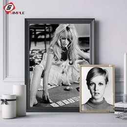 $enCountryForm.capitalKeyWord Australia - Sexy Star Classic Photography Posters And Prints Black White Canvas Art Figure Painting Wall Pictures For Living Room Decoration