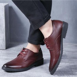 $enCountryForm.capitalKeyWord Australia - High Quality Oxford Shoes Men Carved vintage men's shoes Lace-Up Bullock Business Dress Male Formal Shoes Plus Size 38-47