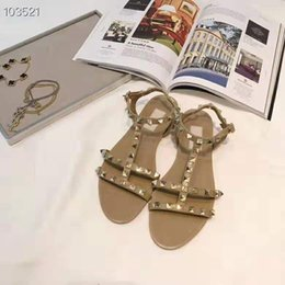 $enCountryForm.capitalKeyWord Australia - Luxury shoes Imported leather goods fabric rivet elements decoration Sexy zw23 glamorous women's flat sandals Beach shoes