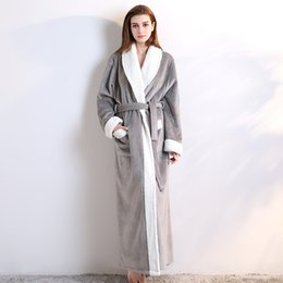 9f12112bb4 Fábrica directa nuevos productos damas exquisitos vestidos de poliéster  cubierta hombres y mujeres gruesos pijama camisón una generación
