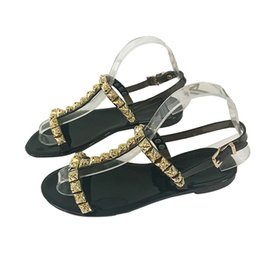 $enCountryForm.capitalKeyWord Australia - Women Flats Sandals Patent Leather High Quality Ladies Slippers Designer Rivet Leisure Beach Sandals Sexy Flip Flops 3A A1