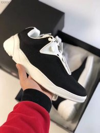 Chunky Sneakers Australia - Chunky Sneaker Luxury Canvas Runner Shoe Casual Shoes 2018 New Season Top Quality Casual Shoes With Box Hot Sale