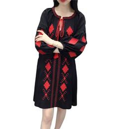 8729a1913 Primavera outono Vestido de linho De Algodão para as mulheres Solto Fino  Bordado vestido de manga Longa Branco Preto e Azul Marinho cores
