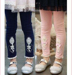 $enCountryForm.capitalKeyWord NZ - Kids Girls 100% Cotton Lace Pearl Children Pants Baby Love Rhinestones Leggings,boots Pants