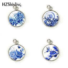 $enCountryForm.capitalKeyWord Australia - 2019 New Fashion Chinese Style Blue Flower And Bird Porcelain Pendant Charms Jewelry Handmade Glass Dome Charm Accessories
