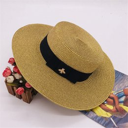 $enCountryForm.capitalKeyWord Australia - Designer Hats Women Wide Brim Luxury Hats Summer Beach Hat with Bees pattern Adjustable Cap New Fashion Hot Sale Grass Hat Top High Quality