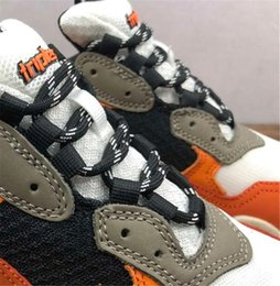 Cheap Leisure Shoes For Men Australia - Paris 17FW Triple-S Leisure Shoes Luxury Dad Shoes Cheap Triple S 17FW Sneakers for Men Women Vintage Kanye West Old Grandpa Trainer Outdoor