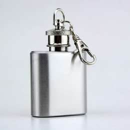 Discount wine alcohol - 200pcs 1oz Mini Hip Flask Strap Stainless Steel Metal Portable Pocket Flagon Alcohol Wine Bottle With Keychain
