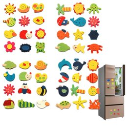 Magnets Wooden Animals Australia - 12pcs lot Wooden Refrigerator Magnet Fridge Stickers Animal Cartoon Colorful Kids Toys for Children Baby Educational 40% OFF