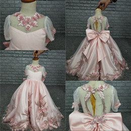 $enCountryForm.capitalKeyWord NZ - 2020 Beauty Pink Flower Girls Dresses For Wedding Party Short Sleeve Pearls Big Bow Back Princess Child Girls Pageant Gowns