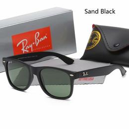 c3d424913 2018 New Wayfarer Sunglasses RAYS Hombres Mujeres 54mm Marca Ojo de gato  Gafas de sol Bandas BEN Espejo o polarizado Gafas de sol