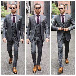 $enCountryForm.capitalKeyWord Australia - High Quality Gray Slim Fitted Wedding Tuxedos For Peaked Lapel Men Groomsmen Suits Three Pieces Prom Formal Business Suit(Jacket+Vest+Pants)