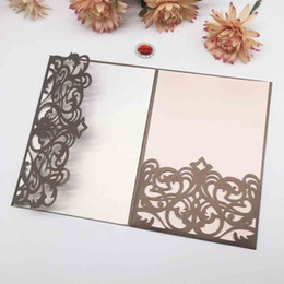 $enCountryForm.capitalKeyWord Australia - 15PCS  lot Hollow Laser Cut Crown Pattern Wedding Invitation Cards With Pearl Paper Apply To Blessing Gift Invitation Card Supplies