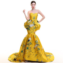 cheongsam dress china UK - Mermaid Evening Dress With Shawl Luxury Prom Dresses Satin Cheongsam Traditional Chinese Wedding Gown China Qipao Embroidery