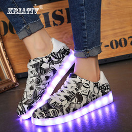 $enCountryForm.capitalKeyWord Australia - Kriativ Fashion Camouflage Luminous Sneakers For Children Led Shoes Infant Usb Charge Glowing Girls Sneakers Kids Light Up Shoes Y190525