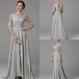 modest mother bride dresses Australia - Modest 2019 Chiffon Long Mother Of The Bride Dresses With Short Sleeve Lace Appliqued Beaded Mother Guest Dress Custom Made Evening Gowns