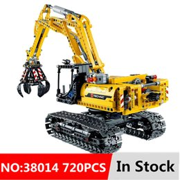 technic blocks Australia - 720pcs 2in1 Compatible Brand Technic Excavator Model Building Blocks Brick Without Motors Set City Kids Toys for children Gift SH190915
