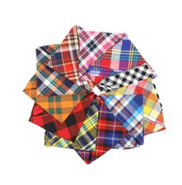 wholesale cotton linen scarves UK - Accessories Plaid Bandana Small Pet Large Pet Scarf Washable Cozy Cotton Dog Printing Dog Kerchief Grooming Tie Bibs Bow Puppy Crjdm