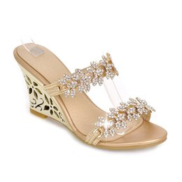 $enCountryForm.capitalKeyWord UK - Summer new wedge sandals fashion high-heeled waterproof platform out of the sandals and sweet rhinestone women's shoes