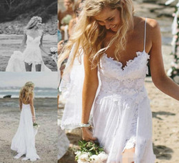 Discount short beach wedding dresses detachable train - beach style boho lace wedding dresses with detachable train bridal gowns Vestidos De Novia bohemian wedding dress