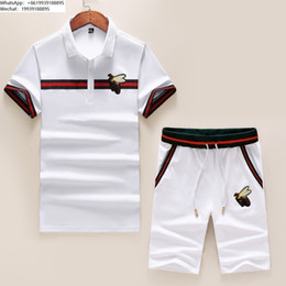 $enCountryForm.capitalKeyWord Australia - Men's T-shirt shorts suit men tracksuit new listing printing trend comfortable high quality Delicate bee embroidery