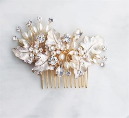 $enCountryForm.capitalKeyWord Australia - Designer Wedding Bridal Jewelry Pearl Hair Comb Leaf Headpiece Crystal Rhinestone Accessories Headband Crowm Tiara Prom Ornament Rose Gold