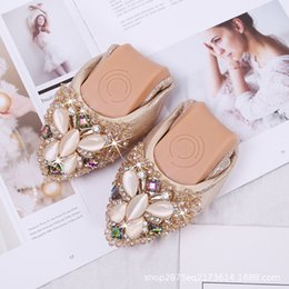 $enCountryForm.capitalKeyWord Australia - Women's Rhinestone Flats Soft Sole Comfortable Pregnant Shoes Female Foldable Ballet Shoes for Bridal Party- Crystal Butterfly