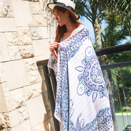 Balinese bask silk shawl with Balinese Balinese air conditioning shawl, ethnic scarf and summer silk scarf from elegant kimonos manufacturers
